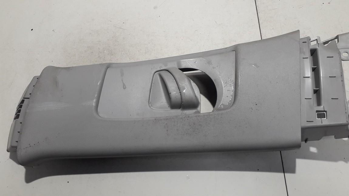 Salono apdaila (plastmases) 6242012040 62420-12040, 62420-12090, 6242012090 Toyota AURIS 2007 2.2