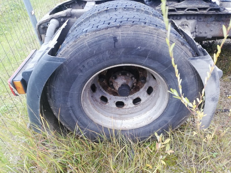 Trailer wheel : R22.5 Truck -Scania 124L 2000    10.6 used