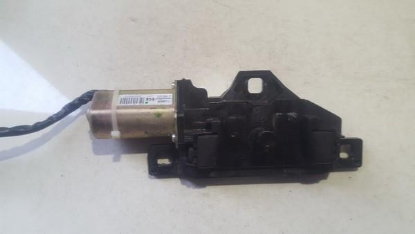 Galinio Dangcio atidarymo varikliukas (uzdarymo) BMW 5-Series 2005    0.0 7129931