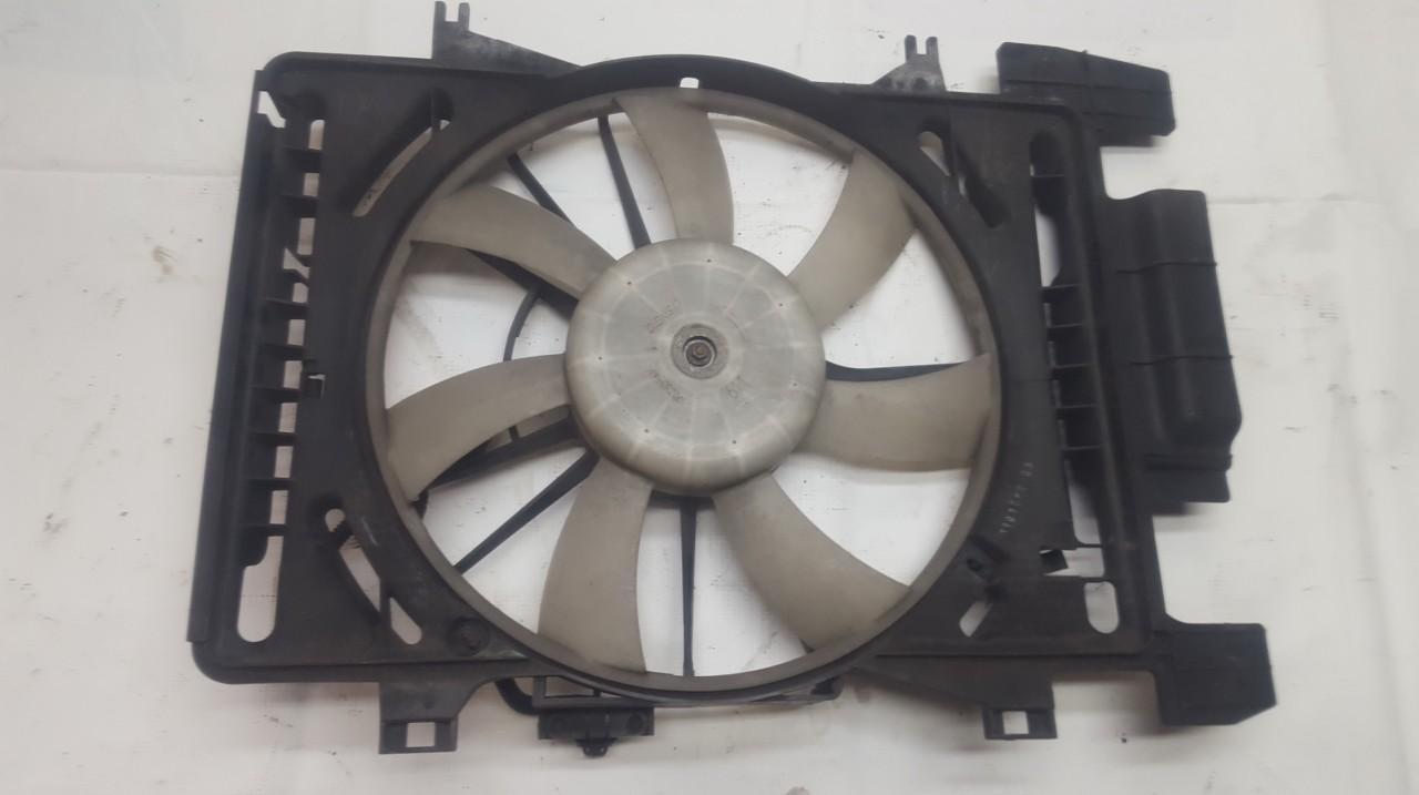 Diffuser, Radiator Fan 4227500492 USED Toyota YARIS 2000 1.0