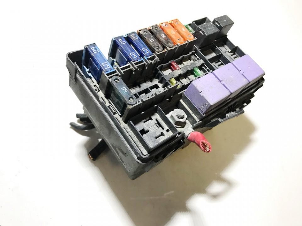 renault vel satis fuse box renault vel satis  bj0   fuse box 820000305 318003100 4677560  renault vel satis  bj0   fuse box