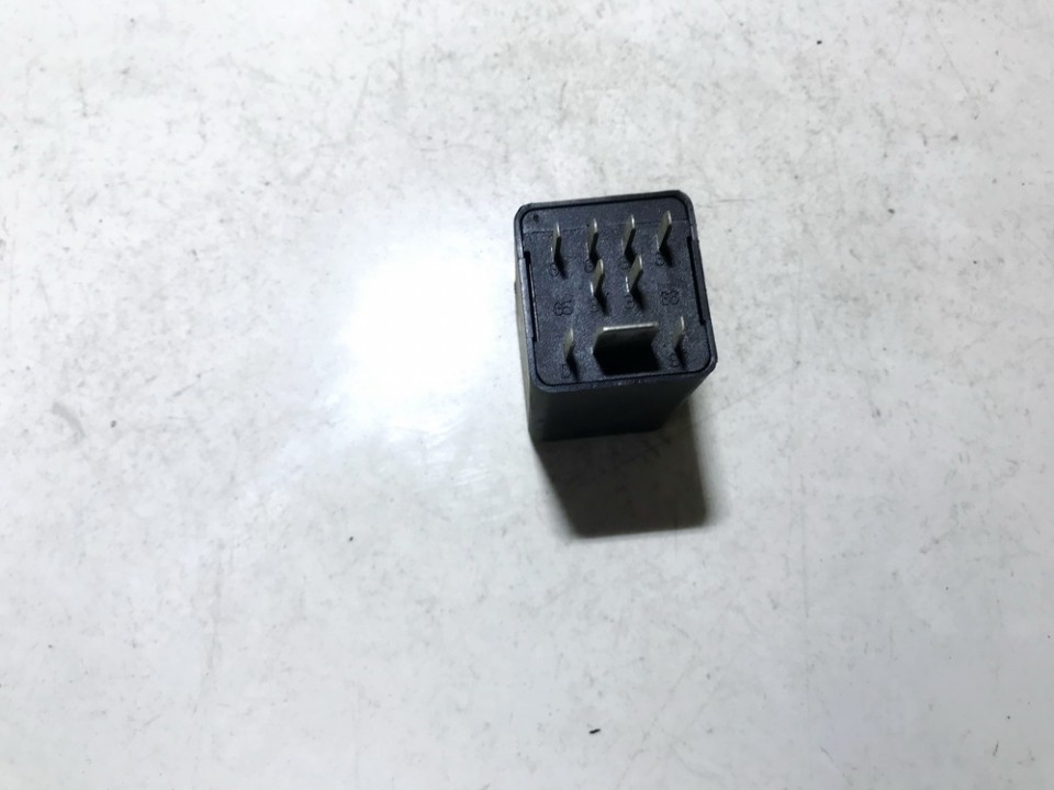 AUDI A4 (8K2, B8) Kiti valdymo blokai 0281003032 038907281B 4679336