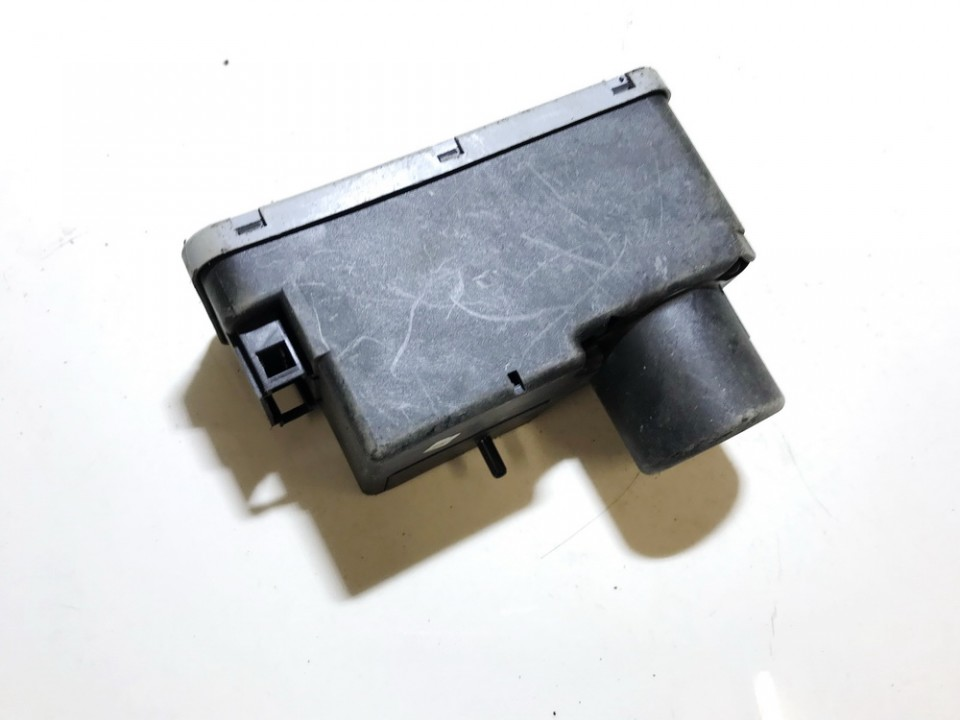 Centrine vakuumo valdymo pompa 1h0962257 used Volkswagen GOLF 1992 1.4