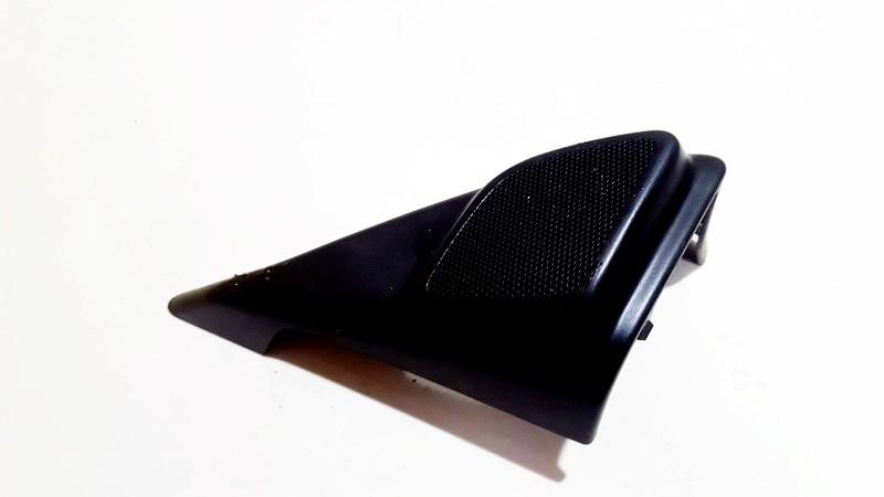 Volvo  V50 Front grille speaker left side