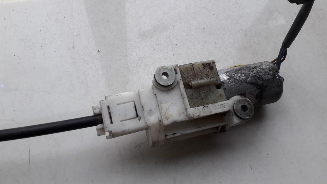 Sedynes varikliukas P.D. Audi A8 1998    0.0 404075