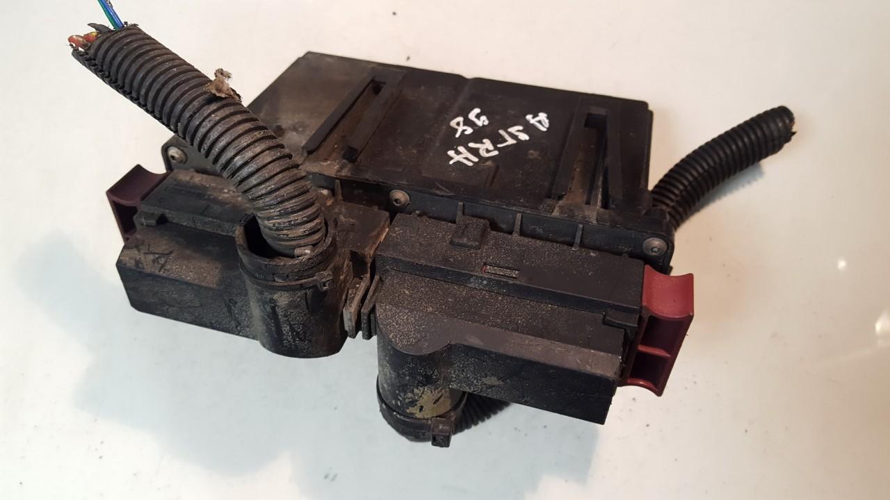 Ventiliatoriaus valdymo rele 24410128 ID80402 Opel ASTRA 1999 1.4