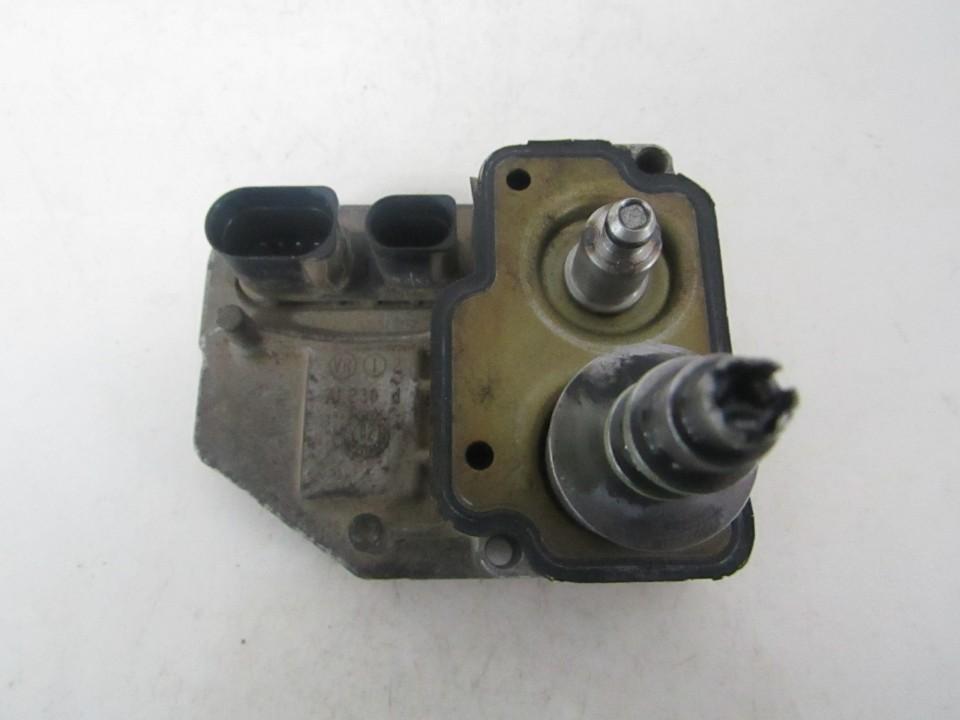 Reduktoriaus varikliukas (tepalo siurblys) Volvo XC 90 2003    2.9 5wp22201