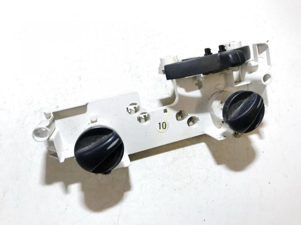 Peciuko valdymas used used Toyota YARIS 2000 1.0