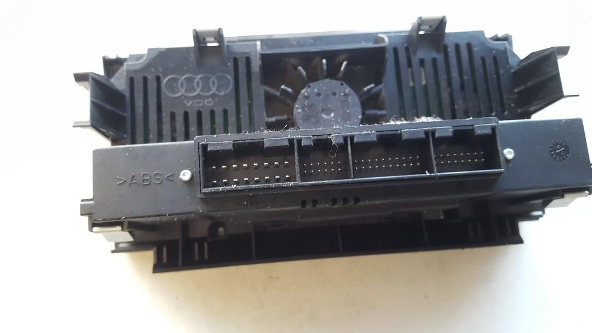 8P0820043H 41220601827 Peciuko valdymas Audi A3 2005 2.0L 27EUR EIS00752340