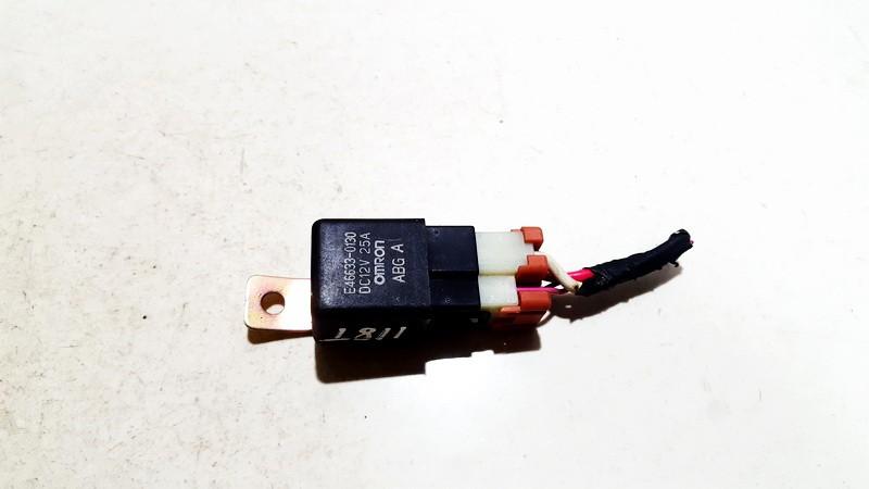 Rele e466330130 dc12v 25a Toyota YARIS 2000 1.0