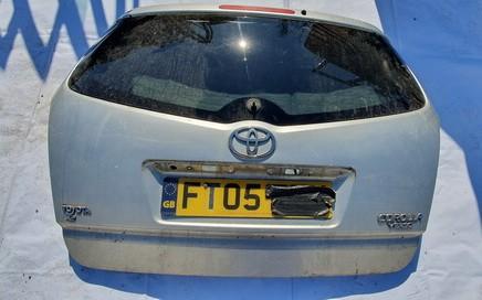 Toyota  Corolla Verso Galinis dangtis G (kapotas)