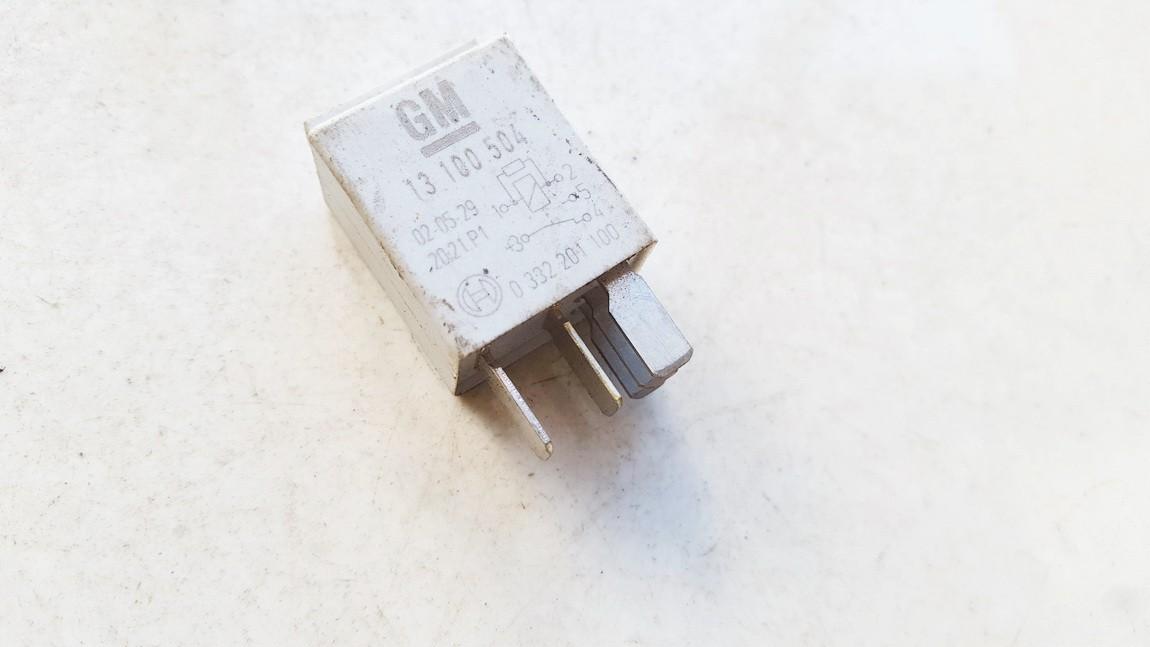 Rele 13100504 0332201100 Opel MERIVA 2011 1.7