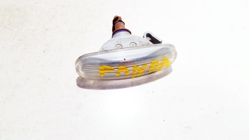 Повторитель на крыло левый 51717793 used Fiat PANDA 2006 1.1