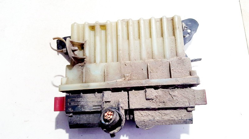Ventiliatoriaus valdymo rele 24410130 15396912 Opel ASTRA 1999 2.0