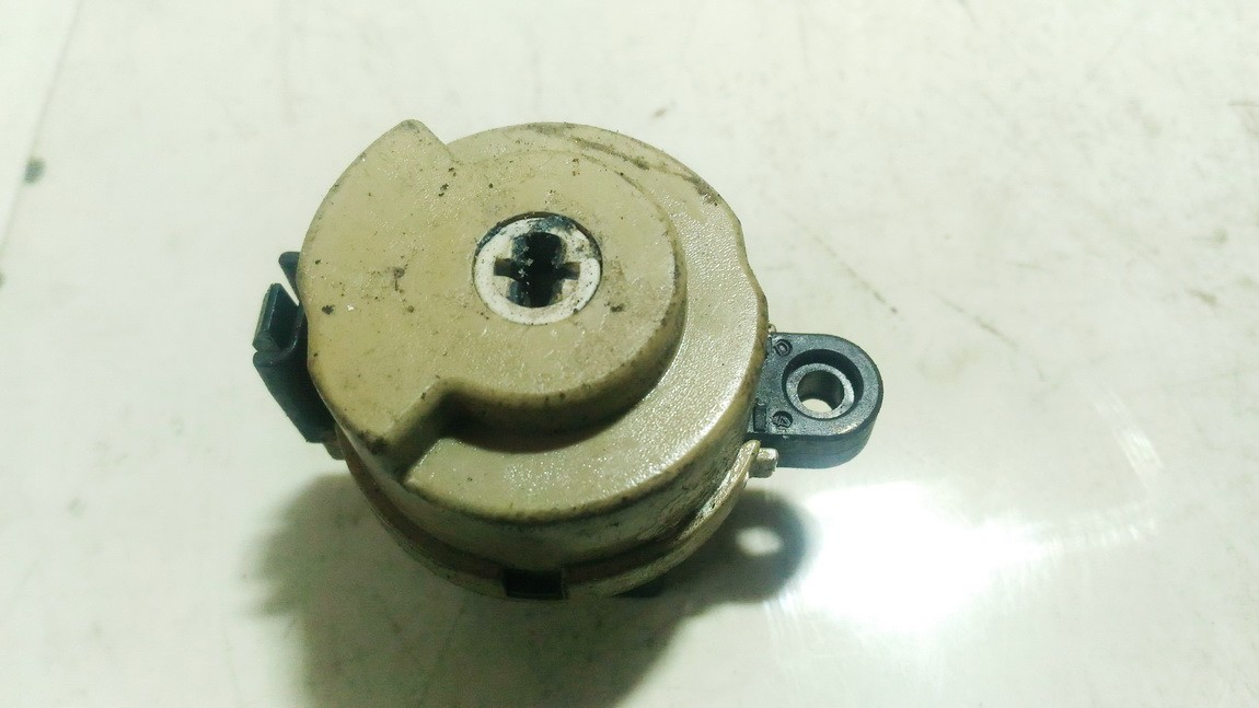 Mazda  6 Uzvedimo spynos kontaktine grupe
