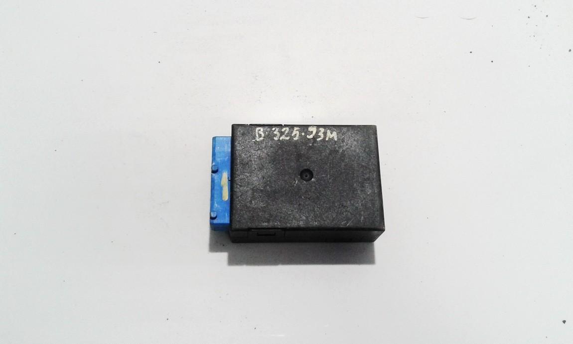 Electric window control unit BMW 3-Series 1995    0.0 61358359031