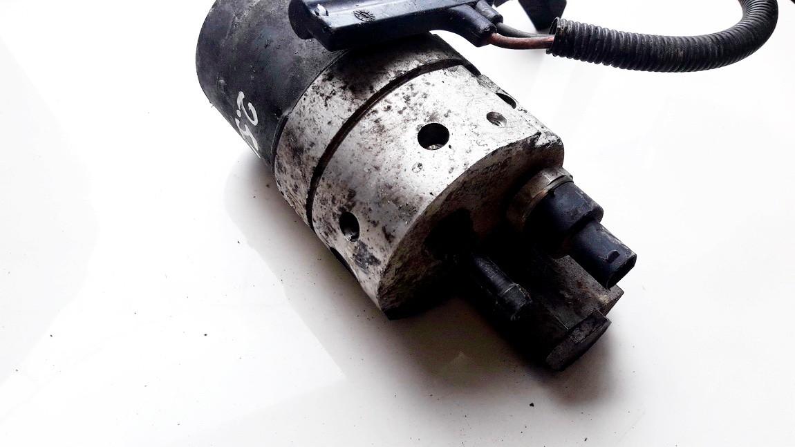 Hidrauline pompa Audi A6 2000    2.5 0130108074