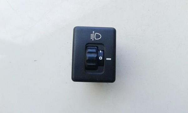 Hyundai  Accent Zibintu aukscio reguliatoriaus mygtukas