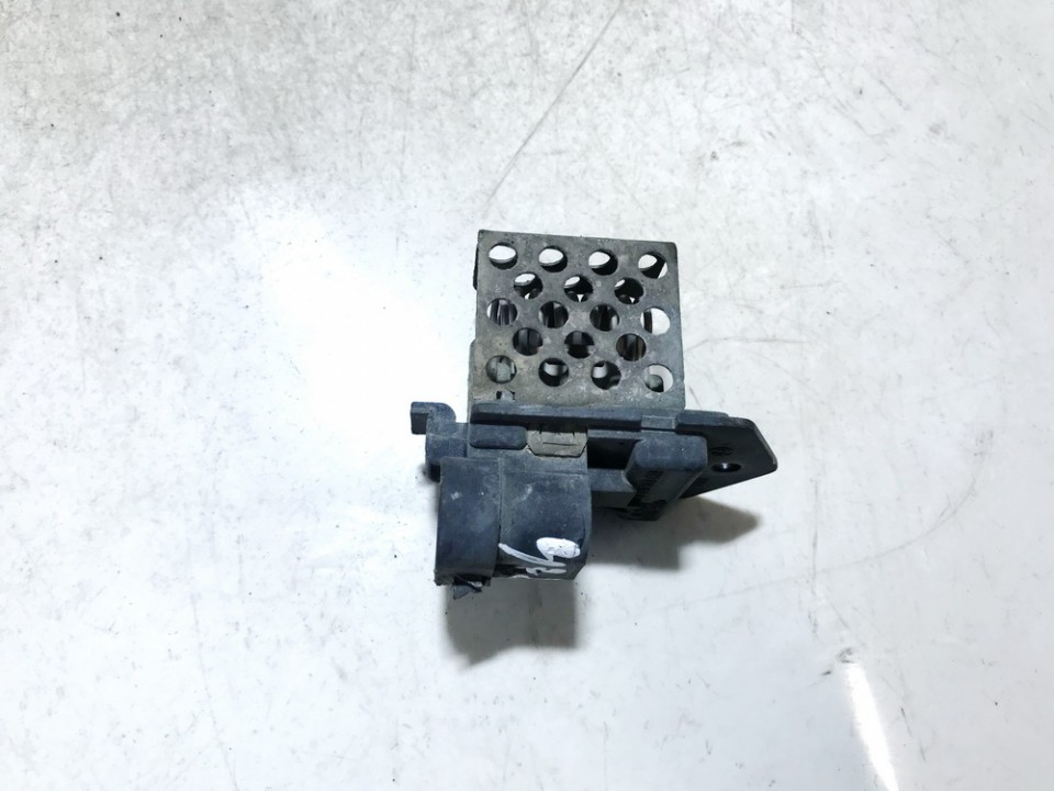 Peciuko reostatas (ezys) (ventiliatoriaus rele) 3134503069 used Opel ASTRA 1998 2.0