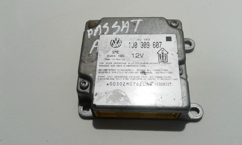 Airbag crash sensors module 1J0909607 5WK4199 Volkswagen PASSAT 2003 2.0
