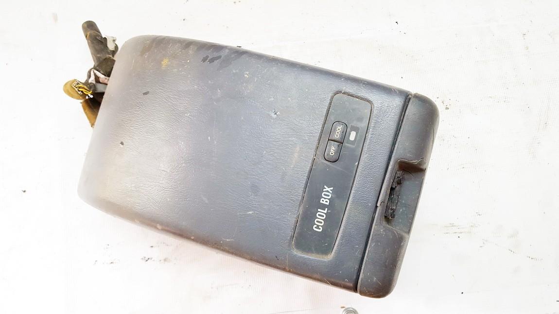 Saldytuvo valdymas Mercedes-Benz Vito 1997    0.0 4454100080