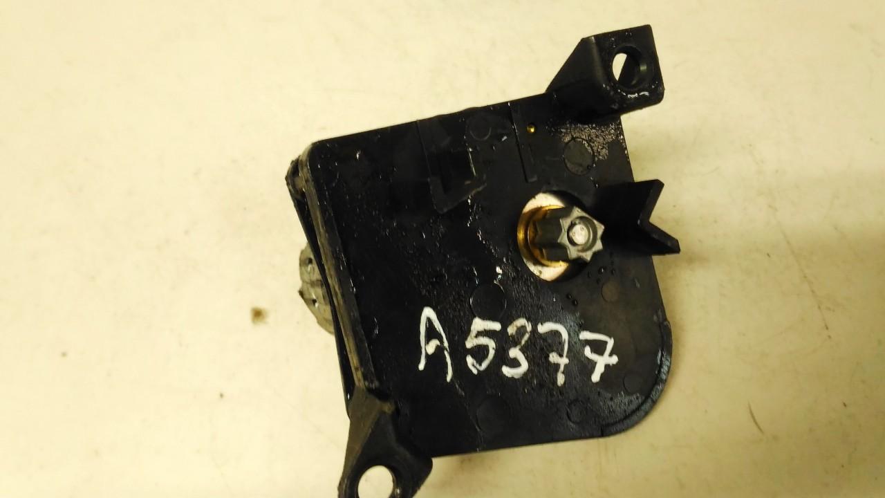 Peciuko sklendes varikliuko trosai Peugeot 406 1996    2.1 847264a