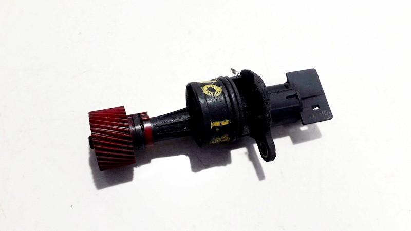 Speedometer Sensor (Vehicle Speed Sensor) Nissan Almera Tino 2001    1.8 used
