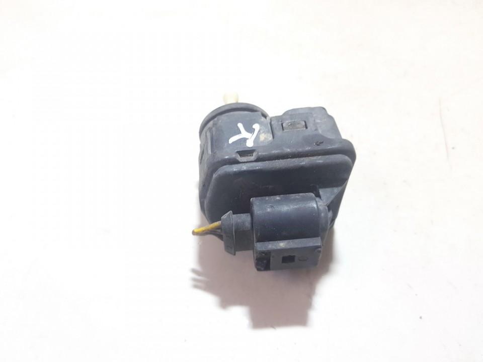 Zibinto aukscio reguliatorius (korektorius) 8l0941295 used Audi A3 1996 1.8