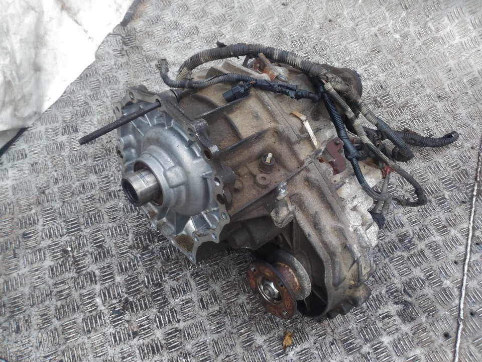 Pavaros paskirstymo deze - razdatke Nissan Pathfinder 2007    2.5 lm100404