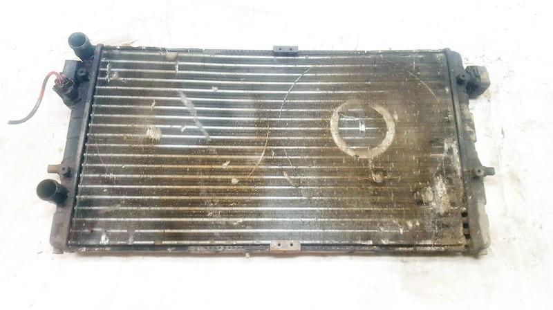 Vandens radiatorius (ausinimo radiatorius) 869888c 732698 Seat IBIZA 2004 1.9