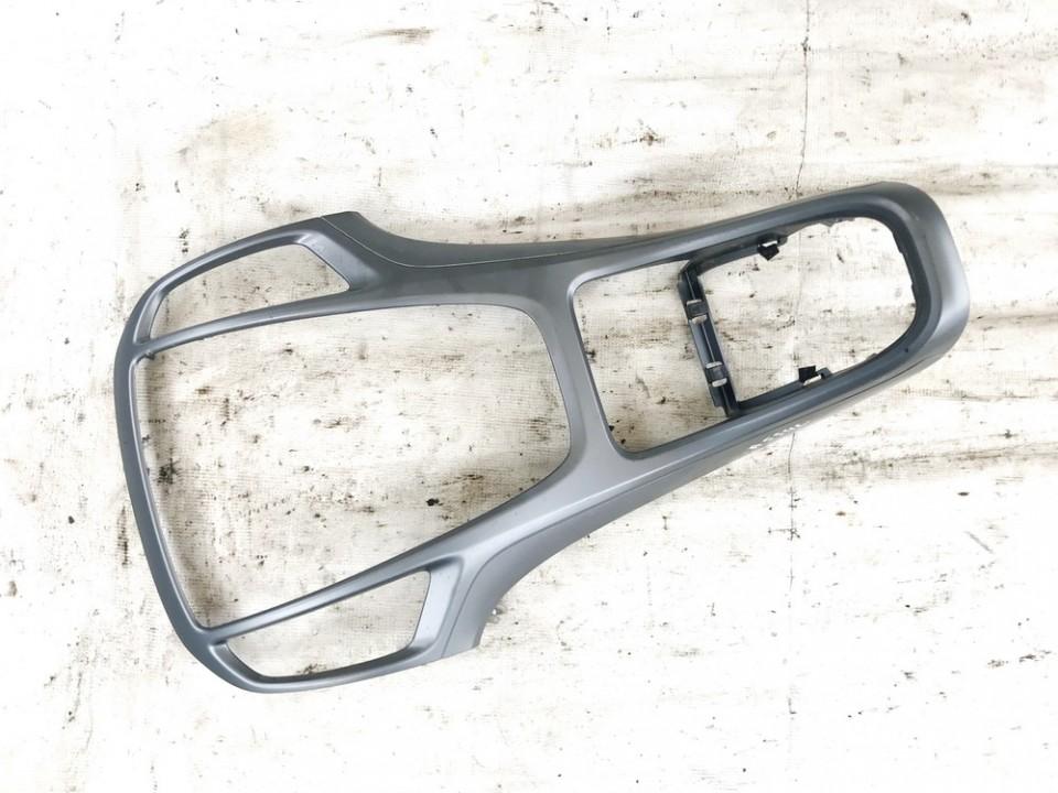 Opel  Astra Salono apdaila (plastmases)