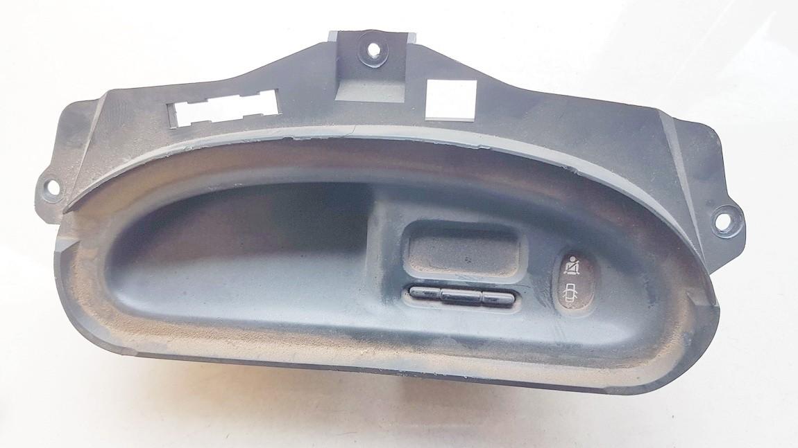 Бортовой компьютер дисплей (дисплей информационный) 7700840351 used Renault SCENIC 2000 1.6