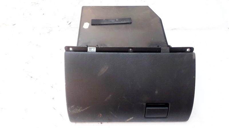 Крышка вещевого ящика 90561241 used Opel ASTRA 2002 2.0
