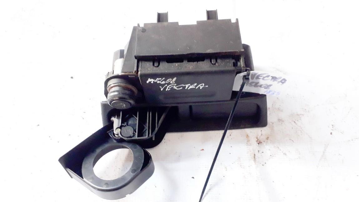 90585970 used Puodeliu laikiklis Opel Vectra 1999 2.0L 9EUR EIS00892796