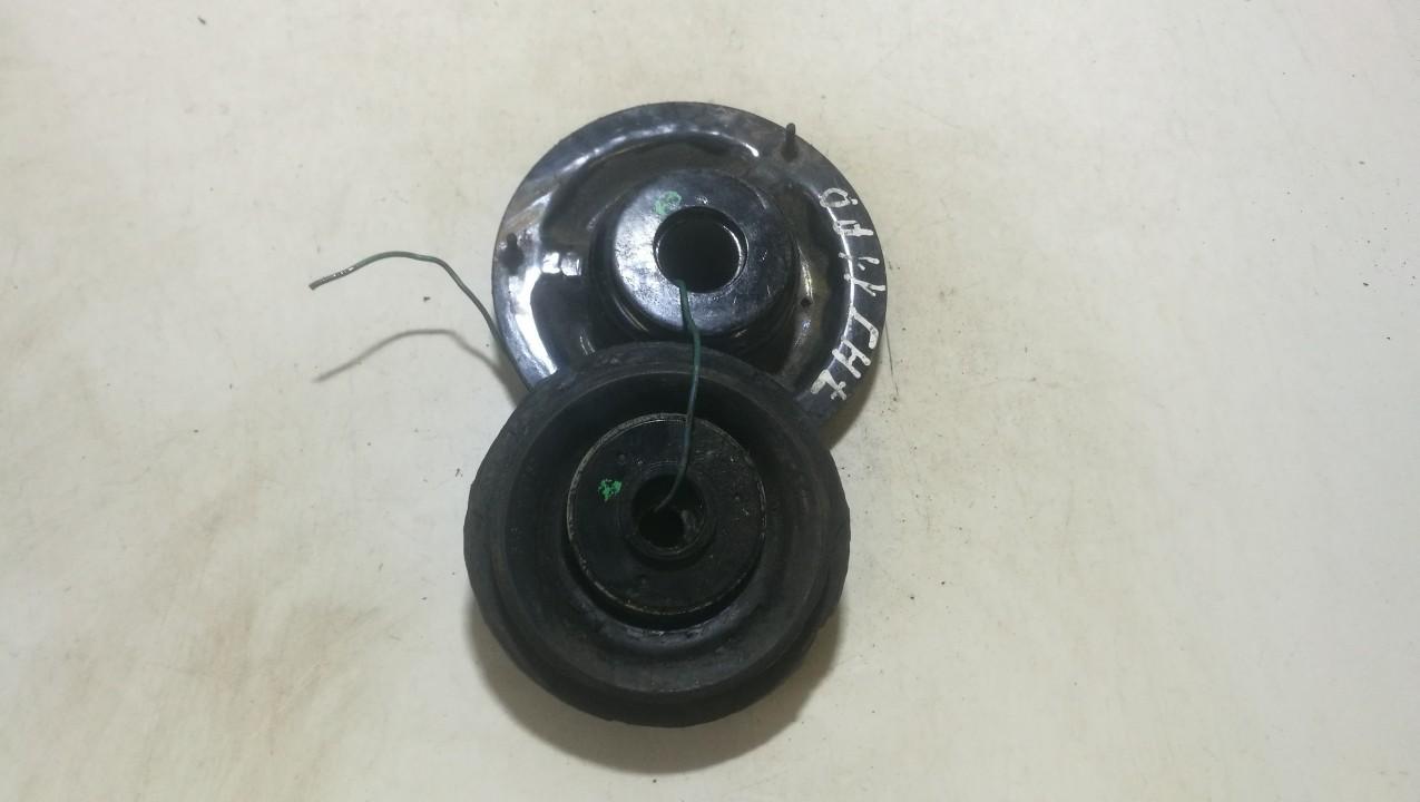 Amortizatoriaus atraminis guolis P.D. Hyundai i20 2011    1.2 546111j050