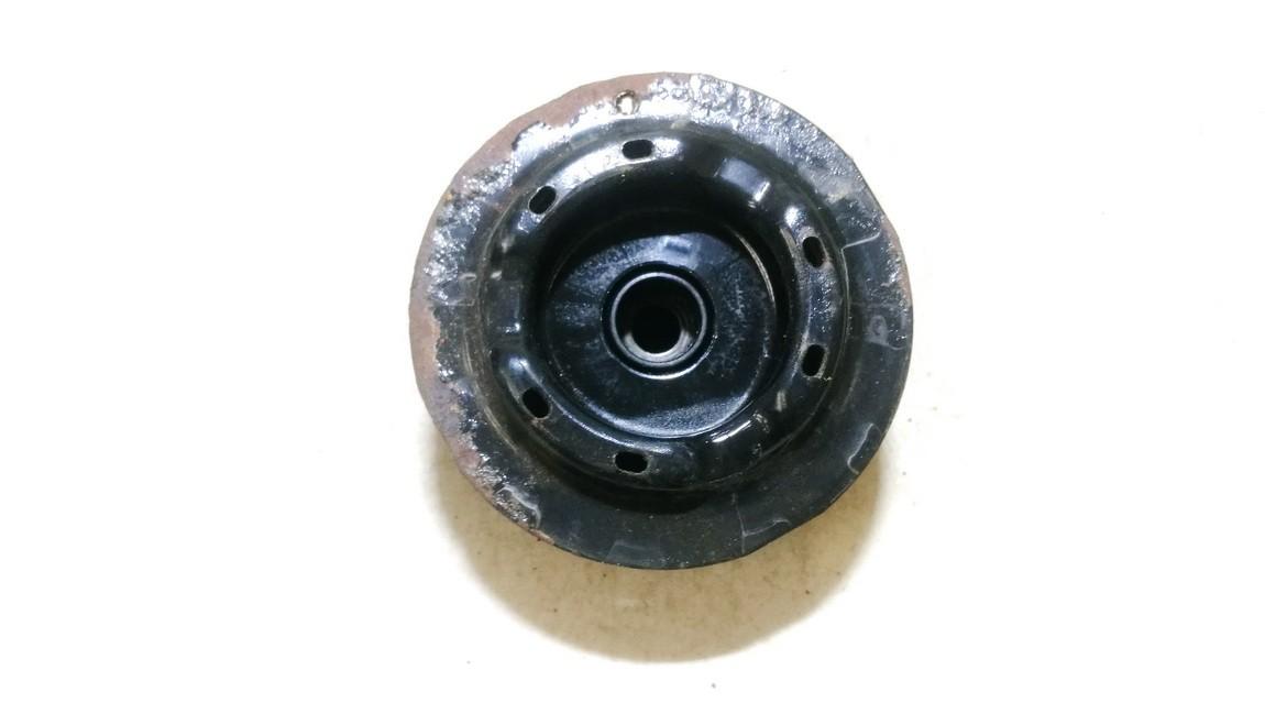 Amortizatoriaus atraminis guolis P.D. Toyota Yaris 2007    0.0 464710d011