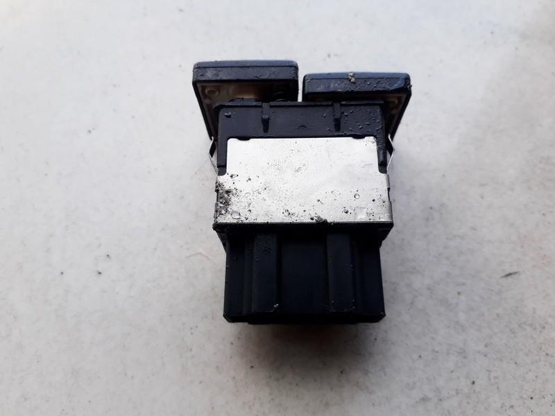 Kondicionieriaus mygtukas Volkswagen Golf 1997    1.9 1L0959543