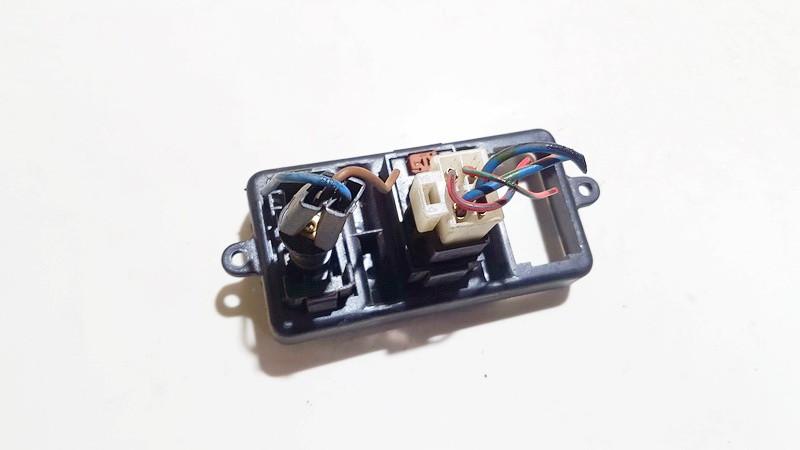 Zibintu apiplovimo mygtukas Mazda 626 1996    0.0 he0190034