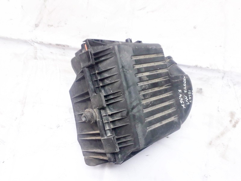 Volkswagen  Sharan Air filter box