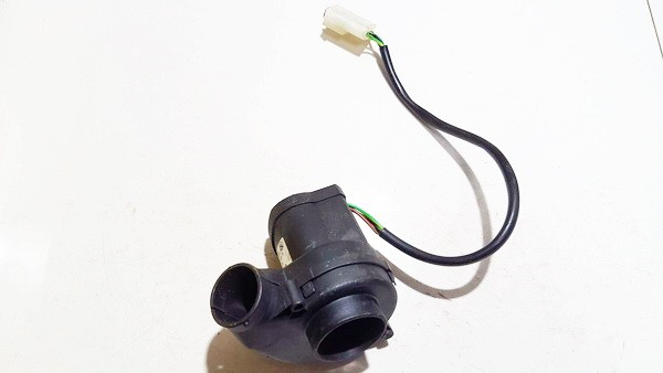 ECU Module Engine Cooling Fan Motor BMW 5-Series 2001    0.0 0130002830