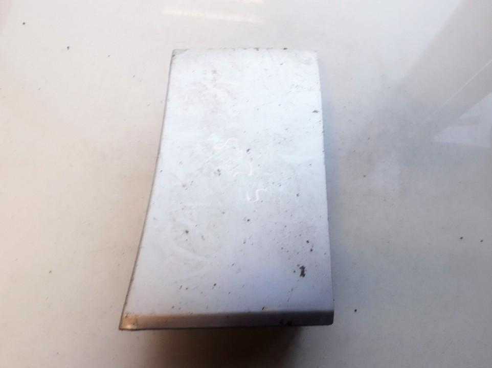 Desinio slenkscio plastmasinis dangtelis Suzuki Grand Vitara 2005    1.9 7755165J0