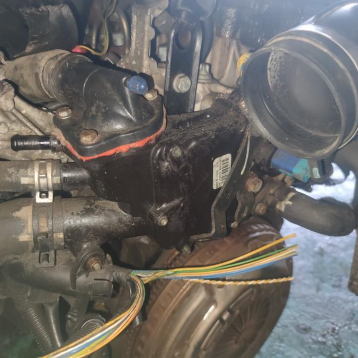 Termostato korpusas 9643212180 USED Peugeot 206 2002 2.0