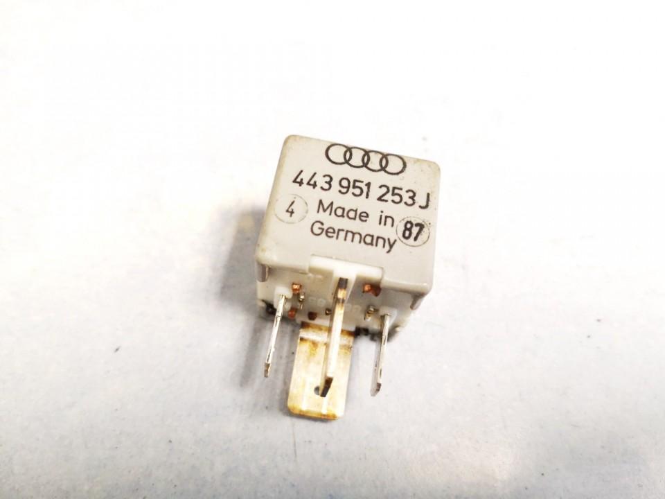 Audi  80 Relay module