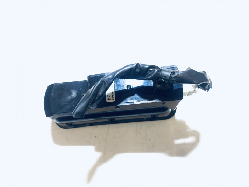 Automagnetolos valdymo konsole Mazda 6 2003    2.0 ntr1160010010