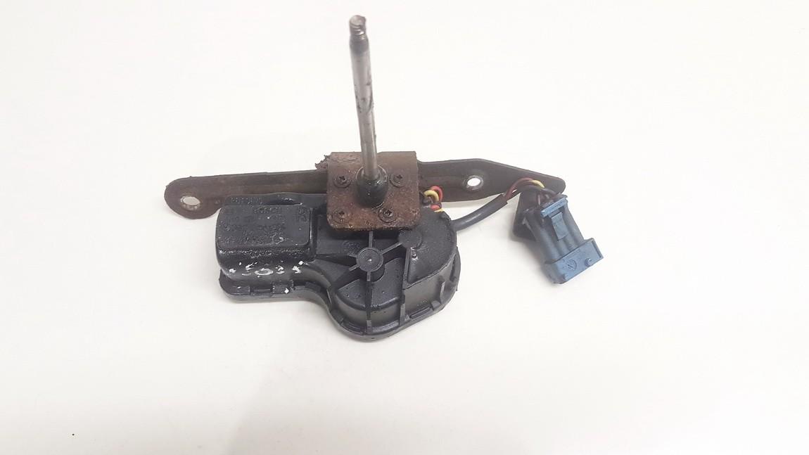 Zibintu valytuvu varikliukas SAAB 9-3 2002    2.0 4240545