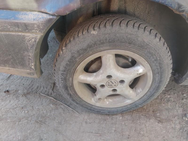 Lietu ratu komplektas R14 Volkswagen Passat 1994    1.9 used
