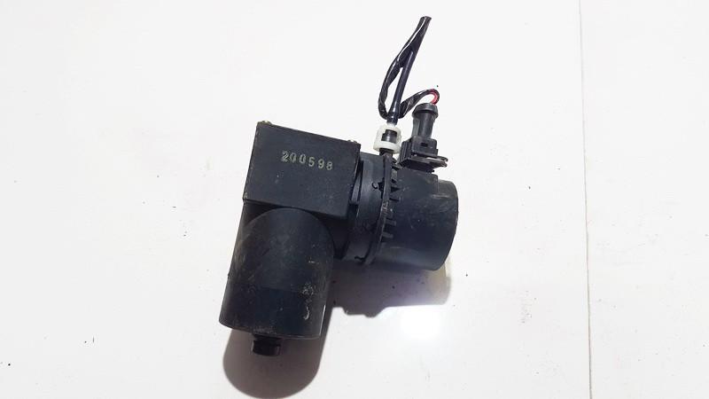 Central Locking Pump Volkswagen Caddy 2001    1.9 1L0862257A
