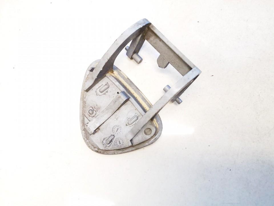 Zibintu apiplovimo dangtelis (xenon zibinto apiplovimo dangtelis) P.K. Mercedes-Benz E-CLASS 2003    0.0 a2118800905