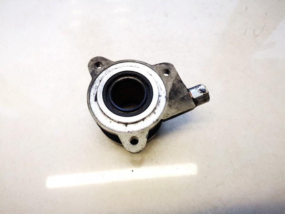 Sankabos isminamas guolis Hyundai i40 2012    1.7 40530s35