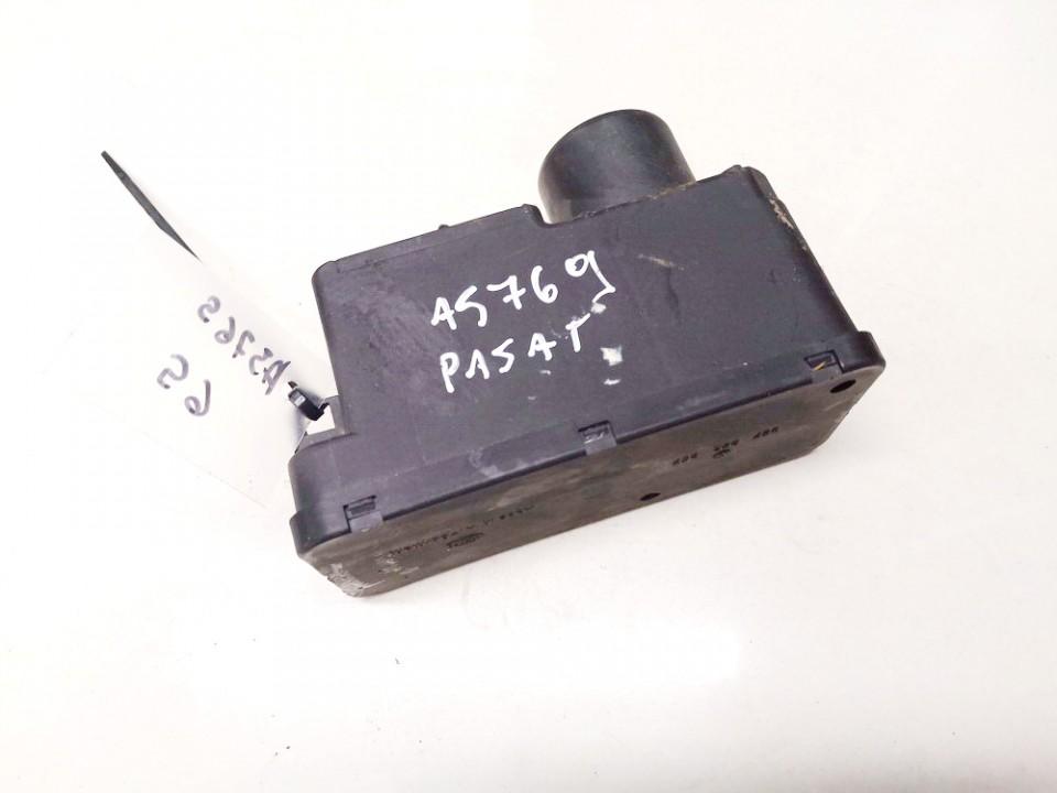Central Locking Pump Volkswagen Passat 1992    1.9 357962257
